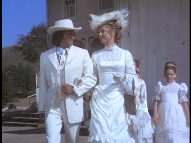 Karen Grle As Caroline Ingalls Gorgeous Victorian Dress From Little House On The Prairie