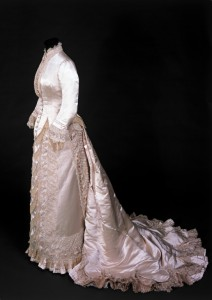 1880s white evening gown charles worth