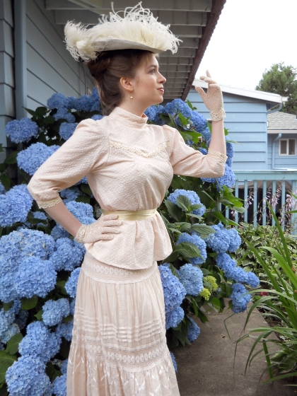 Anne-of-avonlea-costume