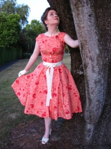 vintage-1950s-butterick-dress