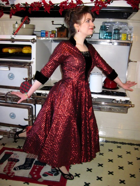 my-vintage-1950s-red-party-dress