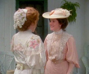 anne-of-avonlea-film-costume-diana-berry-wedding-dress