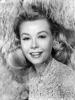 white-christmas-movie-picture-vera-ellen-feathers