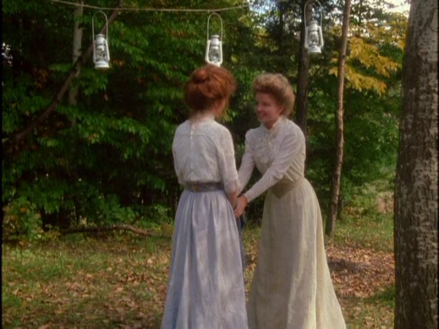 anne-shirley-anne-of-avonlea-film-costume