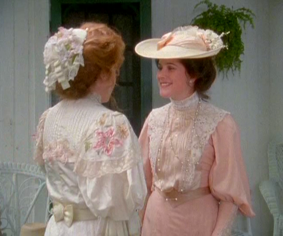 anne-of-avonlea-costumes-wedding-dresses