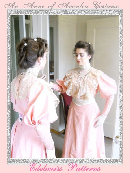 edwardian-lady-in-a-mirror