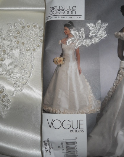 vogue-1095-wedding-dress