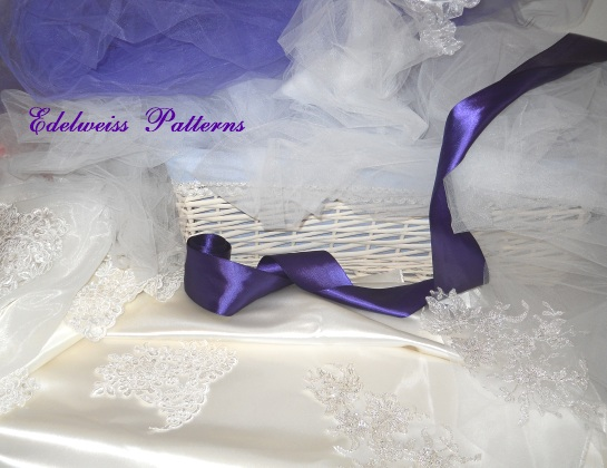 royal-purple-wedding-color