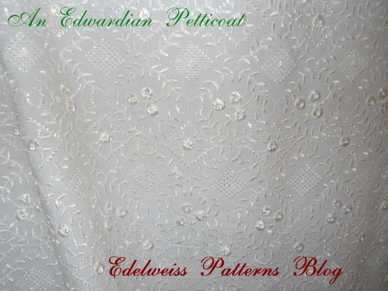embroidered-victorian-cotton-fabric