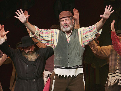 chaim-topol-2009-fiddler-on-the-roof