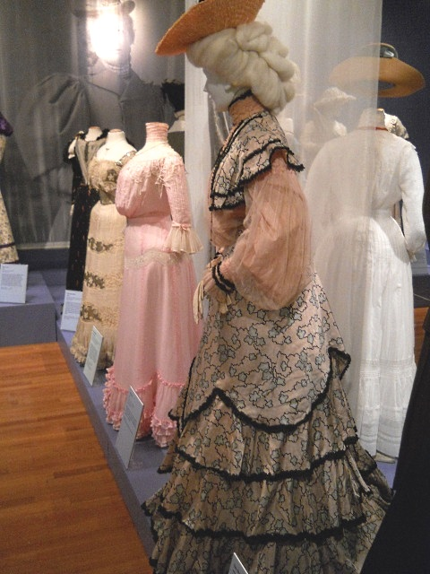 the-new-woman-exhibit-edwardian-fashion