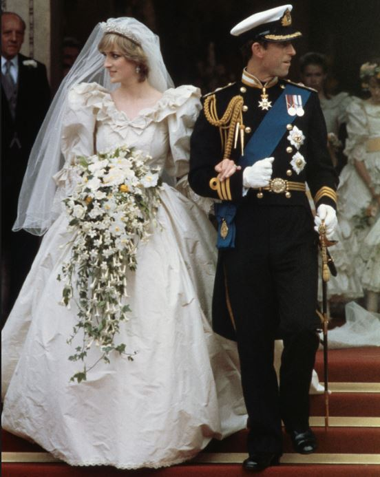diana-wedding-gown-royal