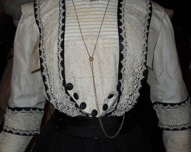 edwardian-lacy-blouse