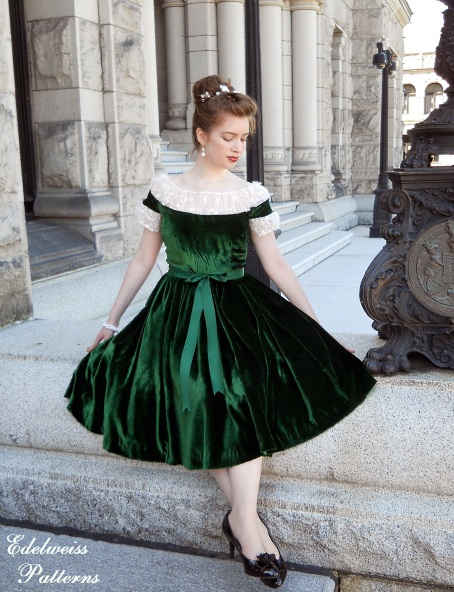 my green velvet christmas dress edelweiss patterns blog