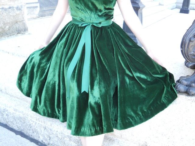 486f8758b7e0 My Green Velvet Christmas Dress | Edelweiss Patterns Blog