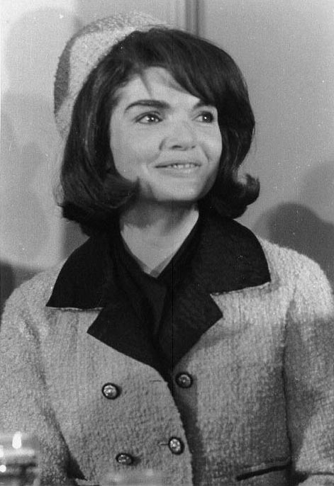 jacqueline-kennedy-hairstyle