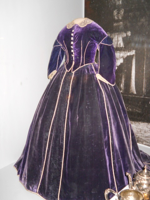 purple-civil-war-gown