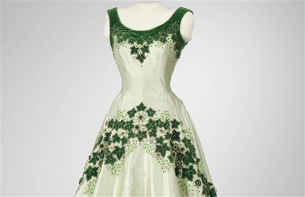 queen-elizabeth-dress
