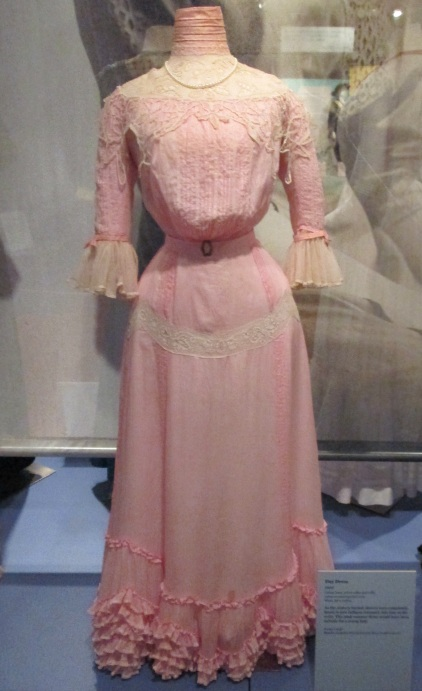 edwardian-afternoon-gown-pink