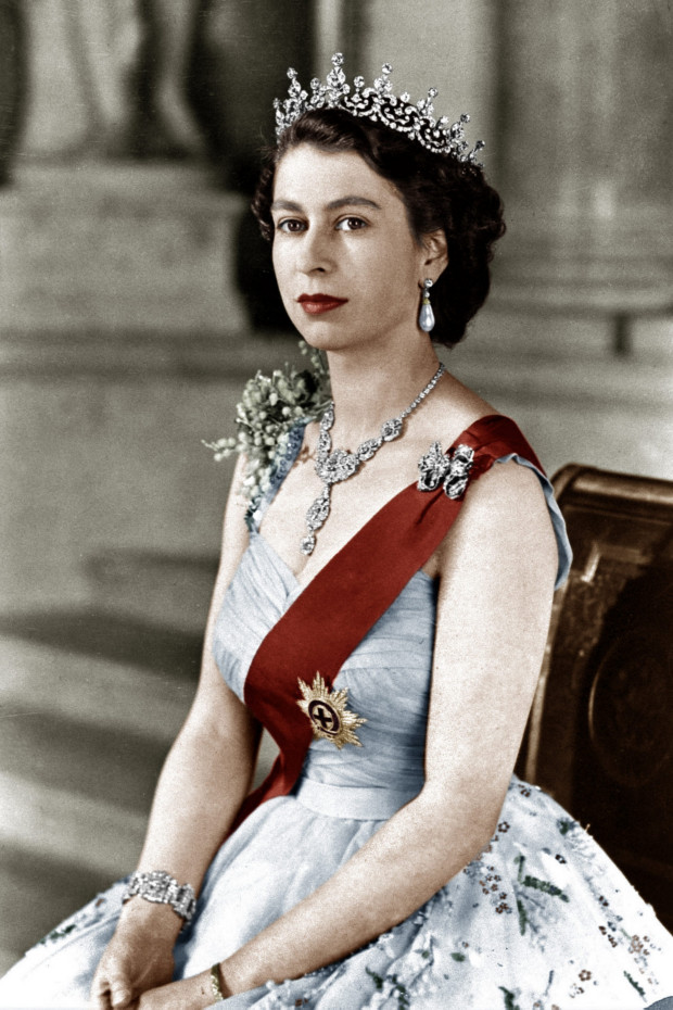 Very Best Young Queen Elizabeth 620 x 930 · 892 kB · png