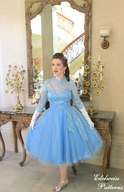 "My 1950s ""White Christmas"" Dress Reproduction"