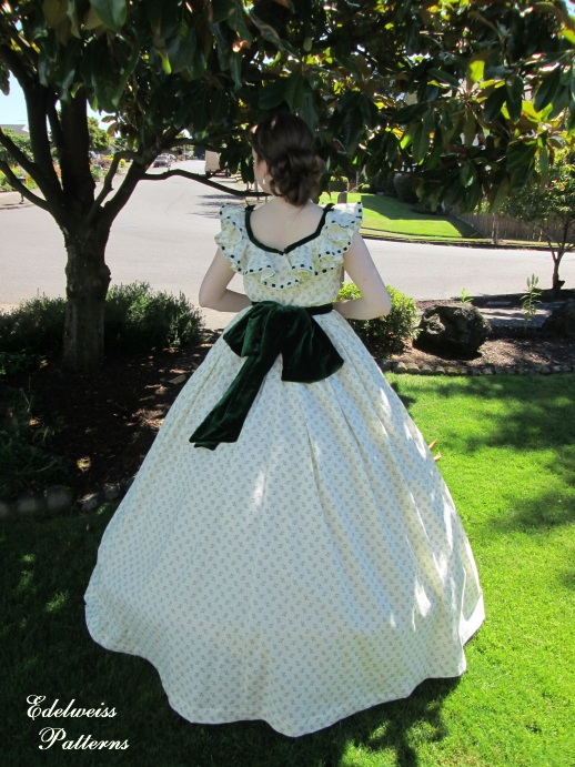 scarlett-o'hara-picnic-dress