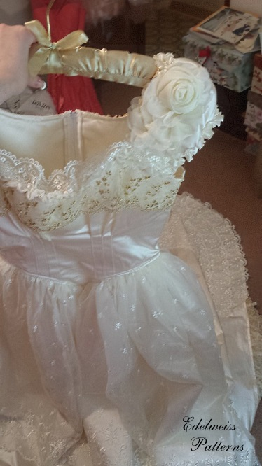 How i sewed my wedding dress edelweiss patterns blog for Design your own wedding dress game