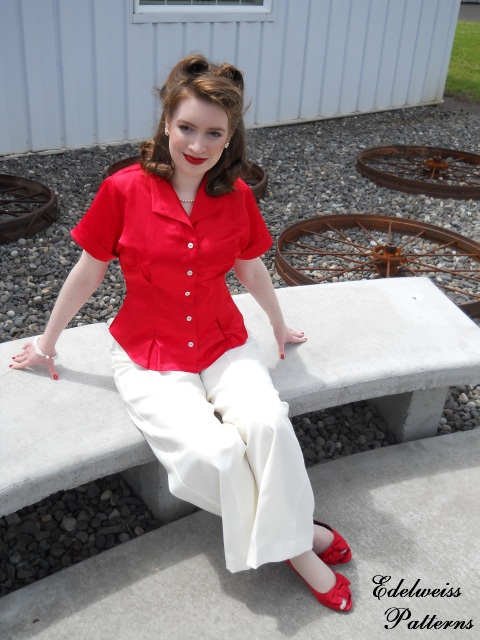 retro-blouse-red