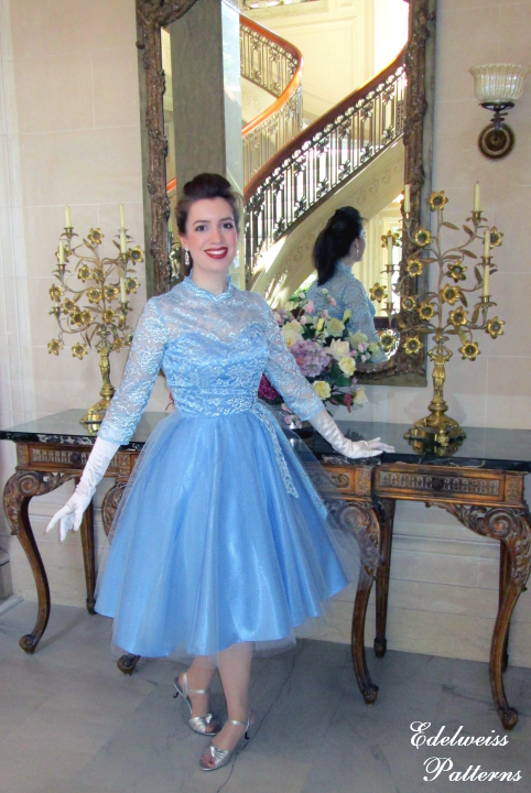 blue-sisters-dress-reproduction