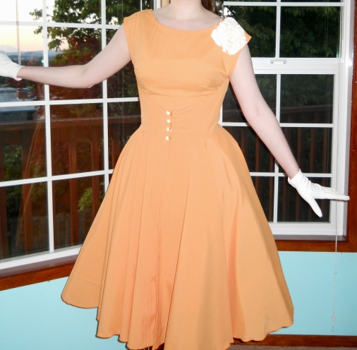 A Vintage 1950s Dress How To Make Butterick 4790 Look Like